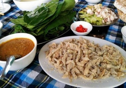 How special is Ninh Binh fish salad that makes diners fall in love?  8